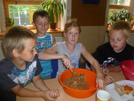 Gemeinsames Kochen im Jugendhaus