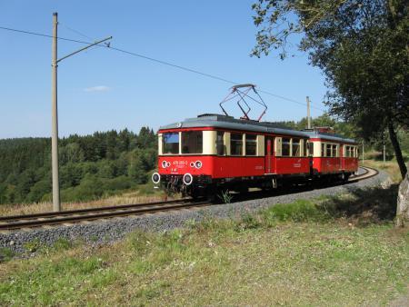 Bergbahn-Triebwagen1.JPG