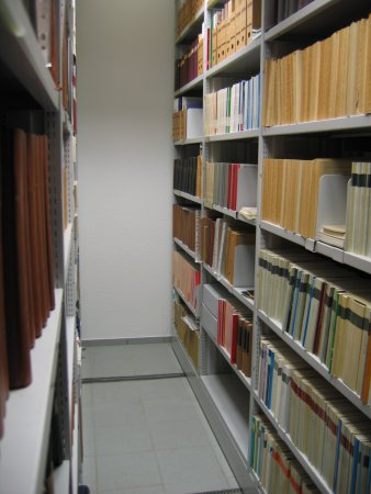 bibliothek 02.jpg