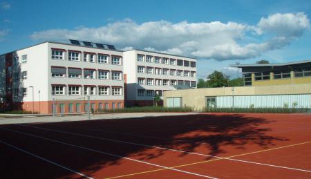 Bild Schulhaus KW Homepage.jpg