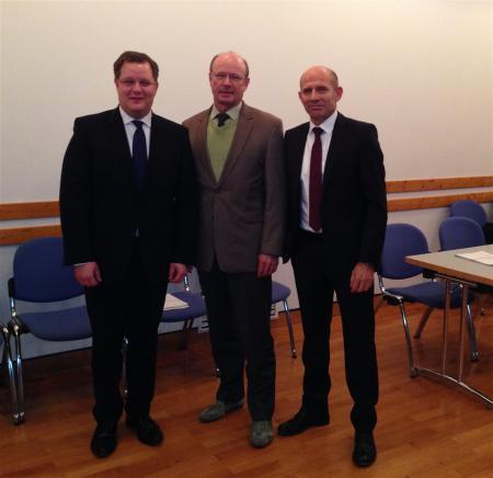 Unser Bild zeigt die Verbandsleitung mit den Bürgermeistern Lauxmann, Kürner und Dr. Wolf (zweiter Stellvertreter des Verbandsvorsitzenden)
