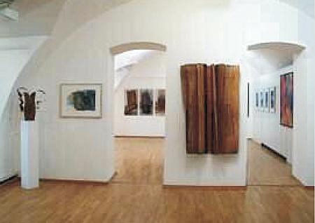 Kleines Kabinett, Arbeiten von Brigitte van Laar, 2001