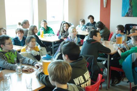 Mittagesssen Bistro Schule.jpg