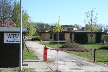 Anmeldung Campingplatz und Mehrzweckgebäude
