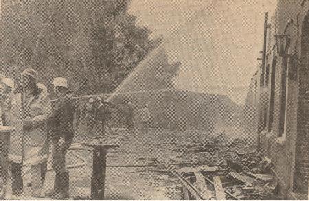 1982 Großfeuer vernichtet Wirtschaftstrakt
