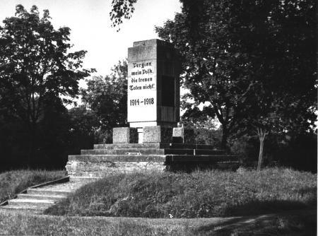 Das Denkmal 1914 - 1918 (Aufnahme von 1979)