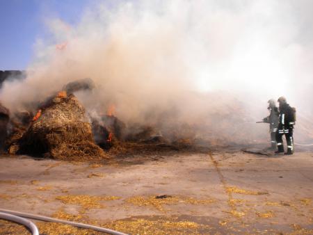 Strohmietenbrand 29.06.2011