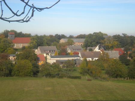 Groß Fredenwalde Sicht auf das Dorf Oktober