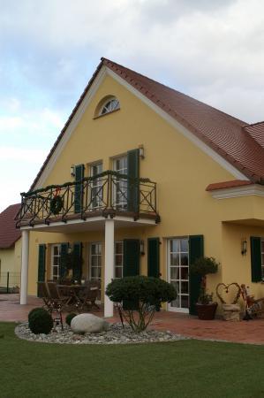 Einfamilienwohnhaus M, Werneck Gartenansicht