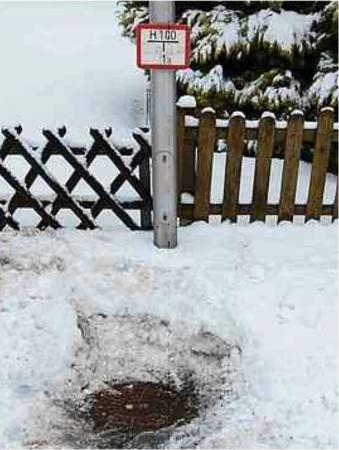 eis-hydrant.jpg