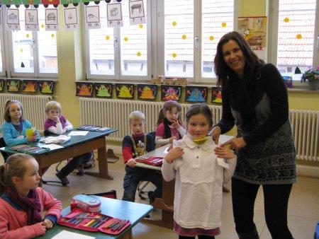Schul-Poloshirt-Übergabe 1