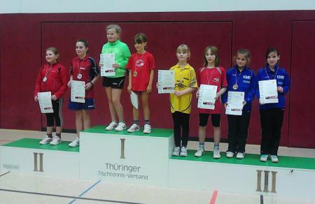 Elaine Meusel LM 7-12-2013 Siegerehrung Doppel mit Pia Uhrlaß.jpg