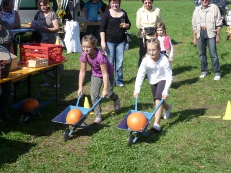 Erntedankfest Festwiese Wettbewerbe Grundschule