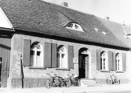 Haus Bahnhofstraße 3, 1989