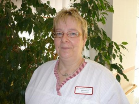 Frau Sabine Arnold