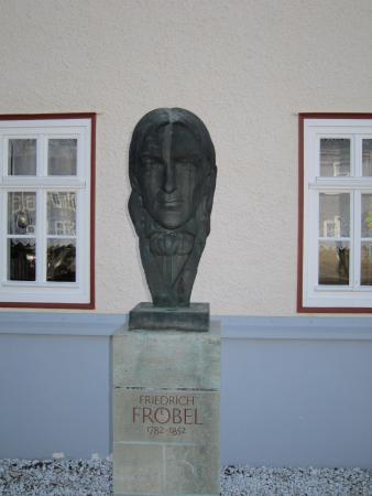 Fröbelhaus2.JPG