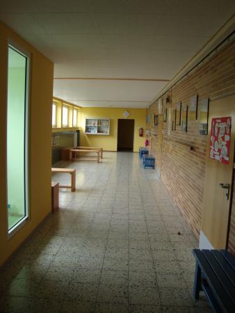 Schulgebäude 6