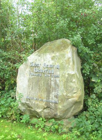 Grabstein Jobst Heinrich Wedekind auf dem Friedhof Neukalen