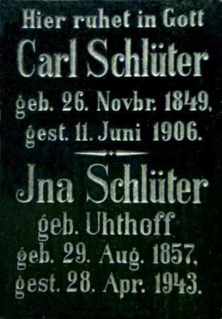 Grabstein Carl und Ina Schlüter auf dem Friedhof in Schlakendorf (Tafel)