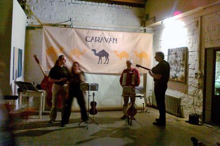 Gruppe Caravan (1).jpg