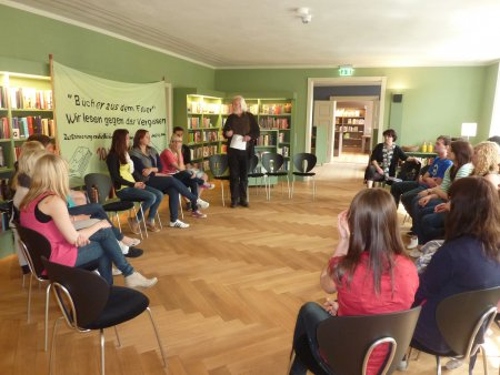 Lesung im Grünen Salon