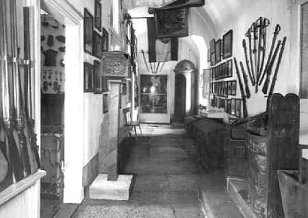 Heimatmuseum im Schloss 1933: Waffen, Militär, Luftfahrt, Feuerlöschwesen