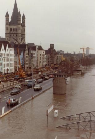 Hochwasser_02_80.JPG