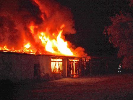 Brand einer Lagerhalle am Bahnhof