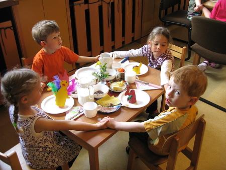Ostern 2011 im Kindergarten -1