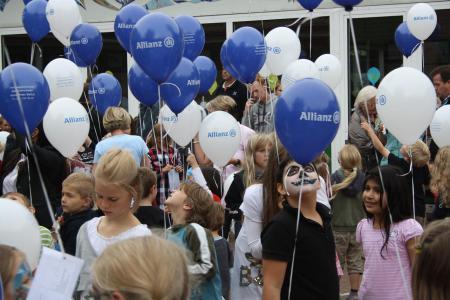 Vorbereitung zum Luftballonwettbewerb