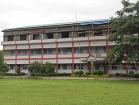 k-19 Aufstockung der Schule um eine weitere Etage 2012-2013.jpg