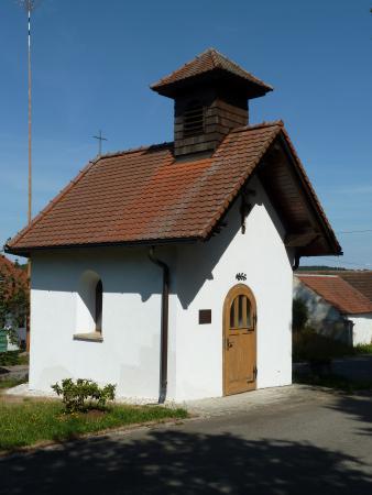 Kapelle_Weinrieth_3.JPG