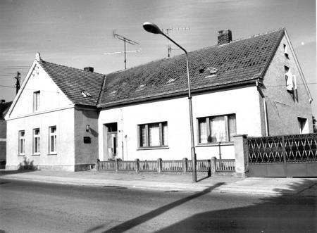 In diesem Haus wurden nach 1945 viele Typhuskranke untergebracht (Foto von 1979)