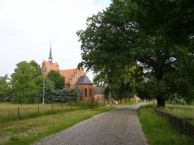 kirche_boemenzien.jpg