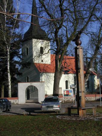 Kirche Fredersdorf und Wappenbaum