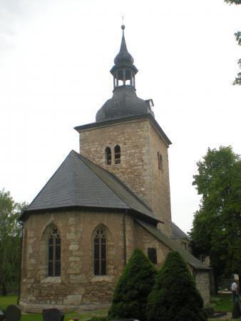 Kirche St. Johannes zu Frömmstedt.JPG