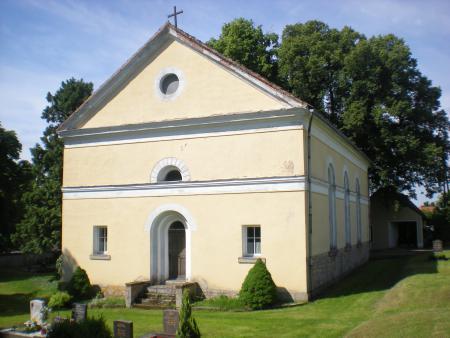 Kirche St. Juliana zu Sachsenburg.JPG