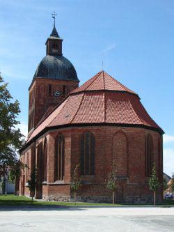Kirchenansicht nach Fundamentsanierung 2007