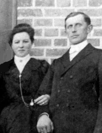Karl Kohfeldt mit seiner Frau Sophie, geb. Druse, etwa 1918
