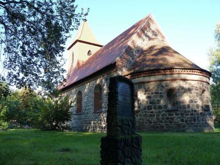 Kirche Rädigke 2