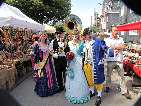 Kräutermarkt - Stimmung auch außerhalb des Festplatzes