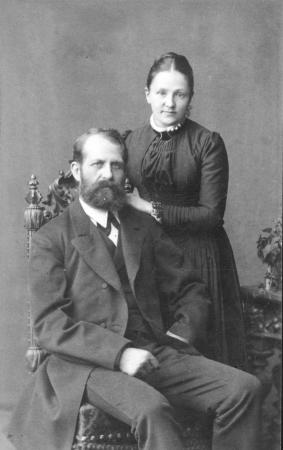 Postverwalter Fritz Kühl mit seiner Ehefrau Rosalie Kühl, geb. Köpke