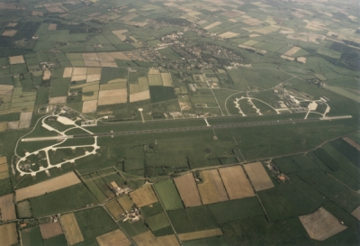 Luftfoto-flugplatz-klein.jpg