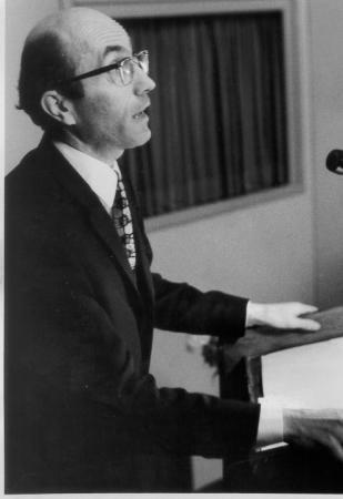 Niklas Luhmann 1927-1998