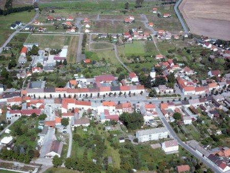 Markt und Wohngebiet 1.jpg
