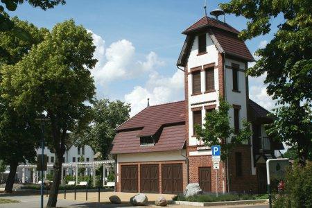 Gerätehaus Burg 2012