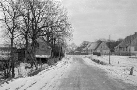 Dorfstraße um 1955