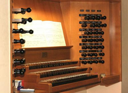 Orgeltisch_600.jpg