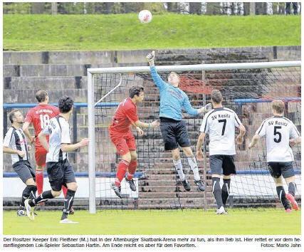 OVZ 2013.05.03 Fussball Regionalpokal Halbfinale Lok gegen Rositz Bild