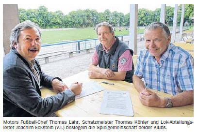 OVZ 2013.07.13 Fussball Lok und Motor besiegeln Kooperation Bild